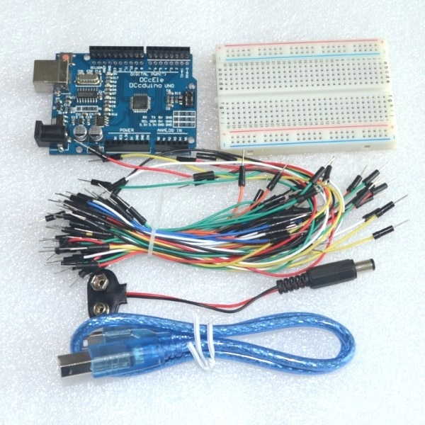 Kit de iniciación para arduino Uno R3-Paquete de 5 artículos: Uno R3, protoboard, cables de puente, Cable USB y conector de batería de 9V