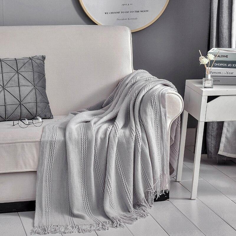 Manta sólida para sofá cama tejido adulto primavera verano todo temporada Oficina hotel edredón colcha con borlas